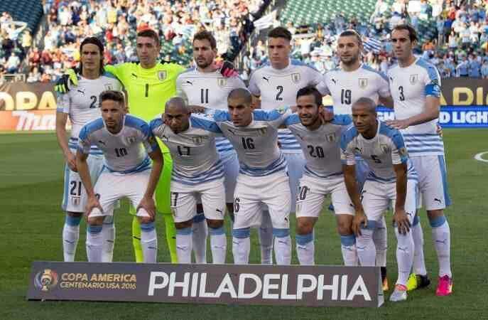 Uruguay team group at 2016 Copa America.
