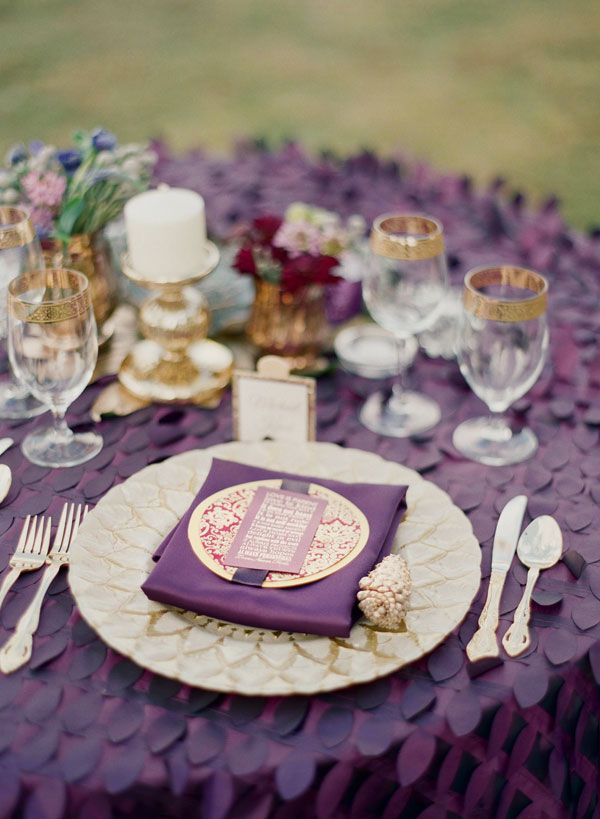 Lampert Lampert Nicole What If You Did A Dark Purple Table Cloth With Beige Linen  Napkins? Beige Linens With Purple Napkins