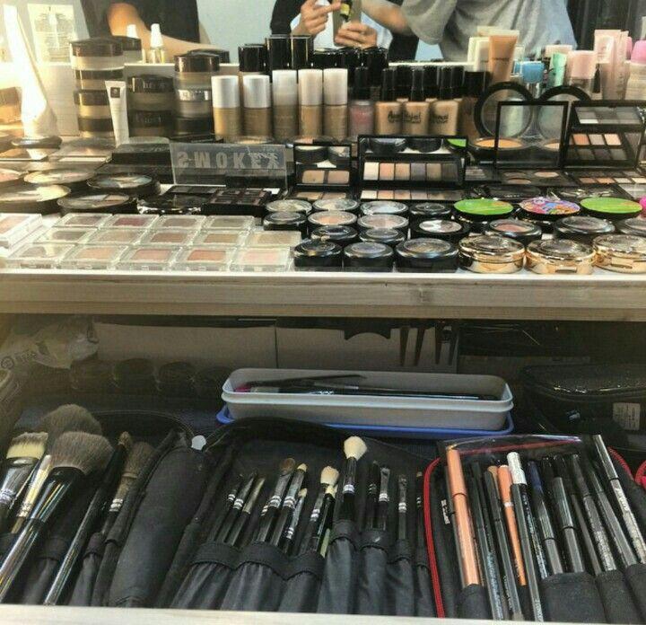 Makeup property hihihi