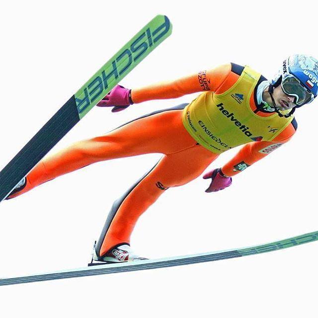 Tak było wczoraj  #latajacykocur #ogien #fischer #uvex #wagraf #4F #skijumping #wzoltymmidotwarzy