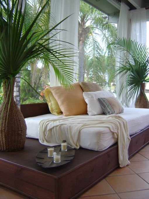 tropical chic design daybed this would look good inside or out - House Design Pinterest