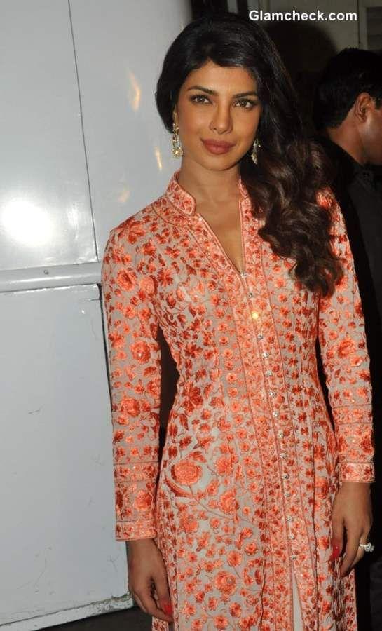Priyanka Chopra Promotes Zanjeer on Bade Achhe Lagte Hain in Traditional Attire