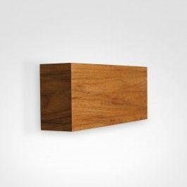 Arandela em madeira mdf com acabamento tipo freijó certificado.Difusor de luz em vidro fosco.