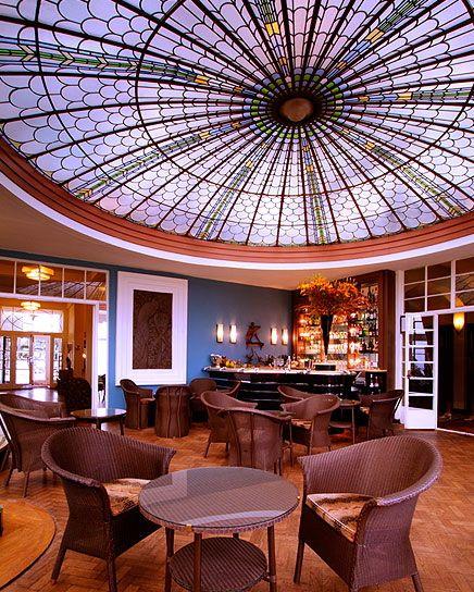 Peacock bar burgh island hotel burgh island devon for Art deco hotel devon
