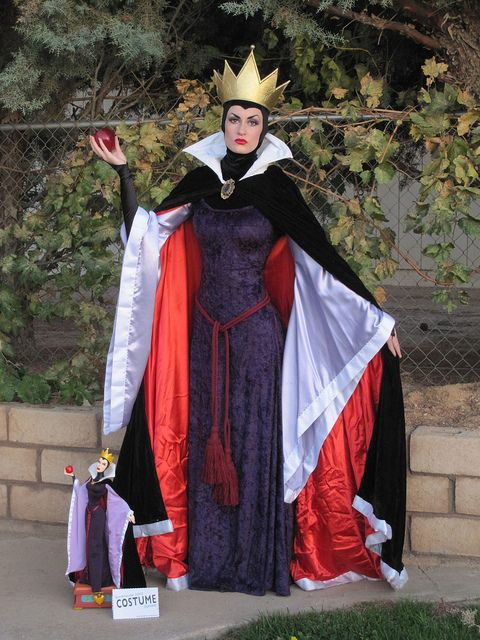 Spooktacular 2010 Costume Contest - Entry #27 by SideshowCollectibles, via Flickr