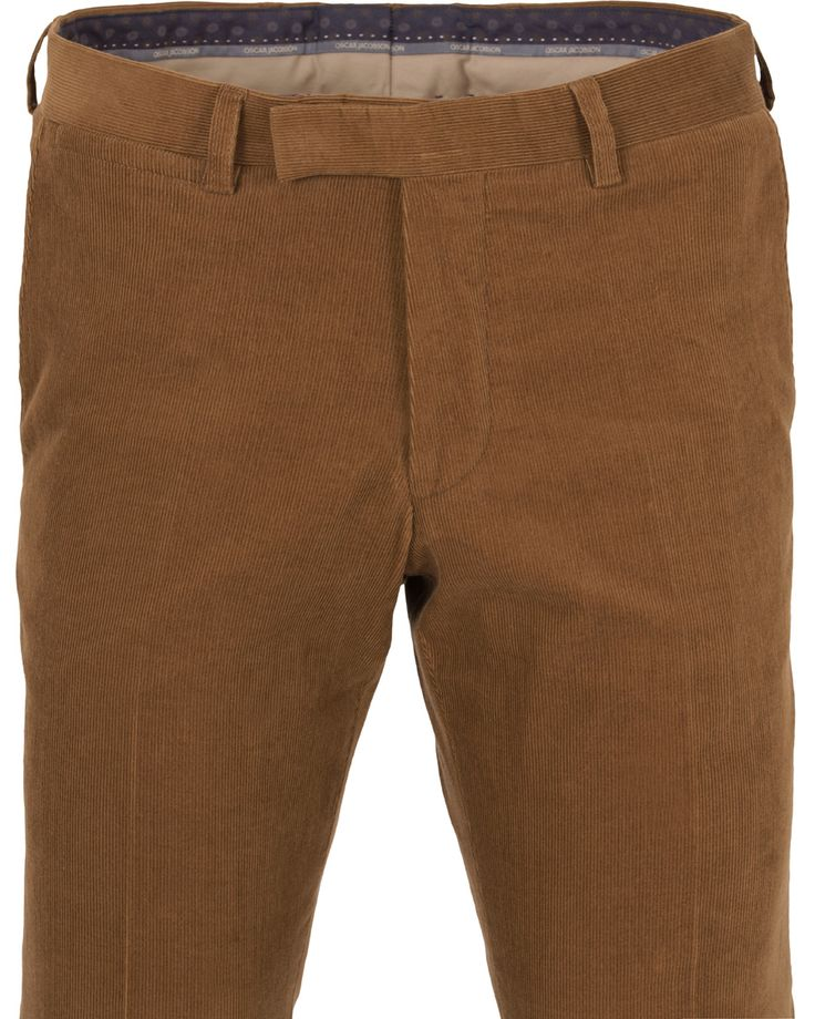 A pair of corduroy pants are great for an autumn outfit. These are a pair of Oscar Jacobson's Dean light brown corduroy trousers.