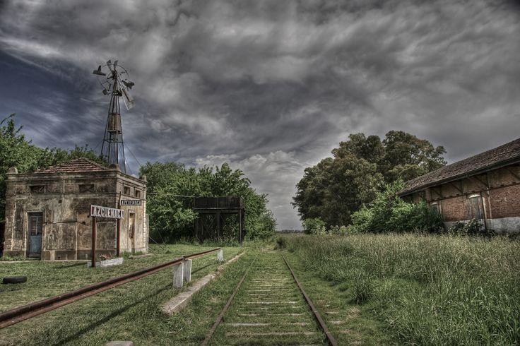 Old train station in HDR (Vieja Estación en HDR)   Azcuénaga   Buenos Aires   Argentina