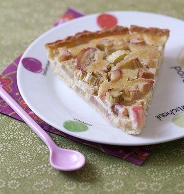 Photo de la recette : Tarte à la rhubarbe et amandes