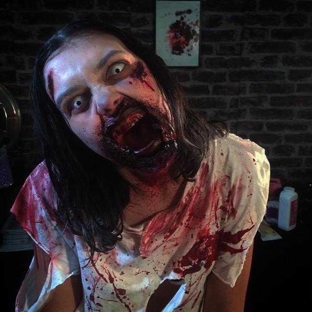 maquillage zombie effet spéciaux  Backstage BE magazine  Prothèse en latex , faux sang , lentilles zombie