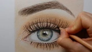 Drawing an eye with colored pencils