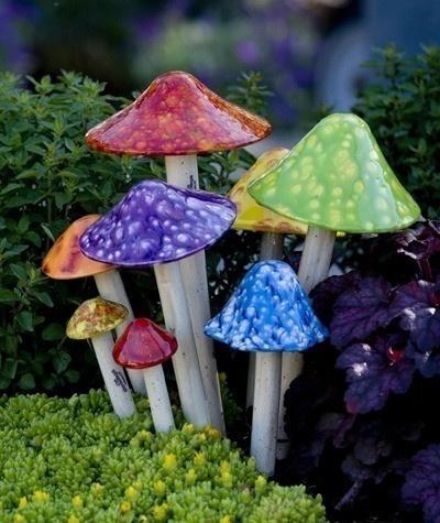 Shroomyz add so much to your garden/flower beds! #sunrivergardens