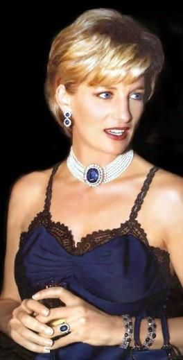 Diana's sapphires December 1996 Diana Princess of Wales during The Costume Institute Gala Honors at the Metropolitan Museum of Art in New York City.