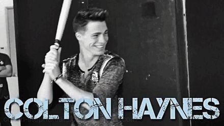 Image de colton haynes..