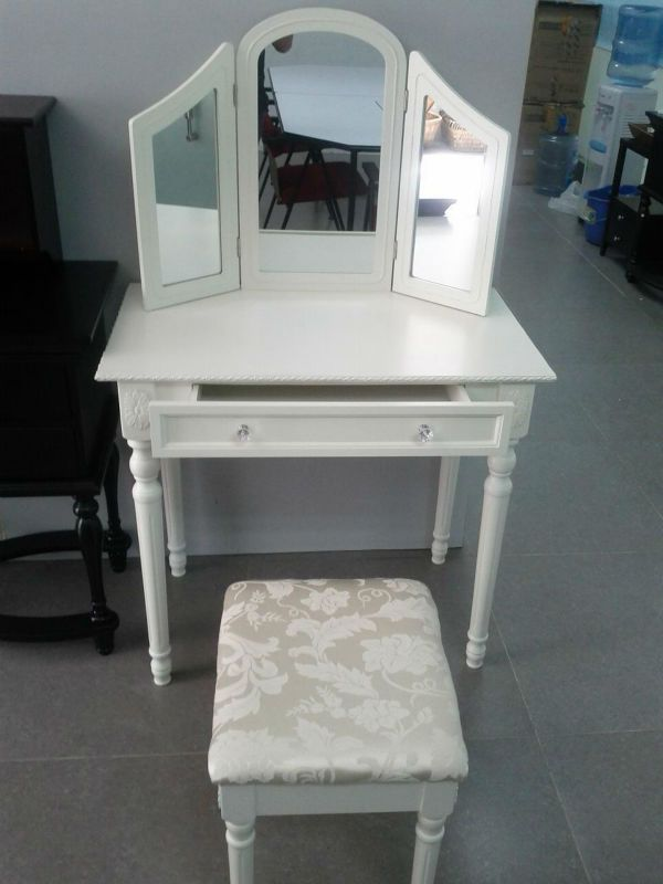 cheap vanities for bedrooms 25 best ideas about cheap vanity table on diy 14784