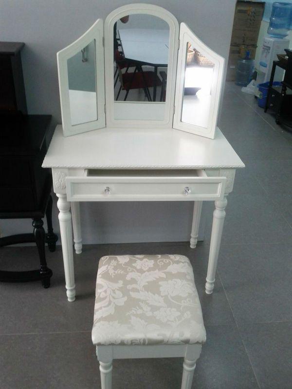 Best 25+ Cheap vanity table ideas only on Pinterest | Cheap vanity ...