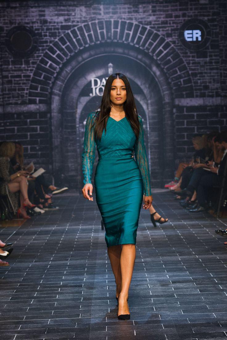 #davidjones #autumn #winter #runway #fashion #jessicagomes #gingerandsmart