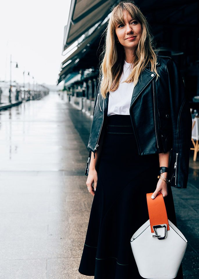 96e29a2018f2 Pin by CHRONICLES OF HER - Fashion & Beauty Daily on WHAT TO WEAR TO WORK.