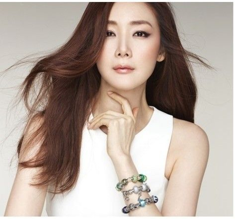 [PHOTO]  - Choi Ji-woo bracelet jewelry real trump card - TEDORA @ CJWFC :: ruffian off state PIXNET ::