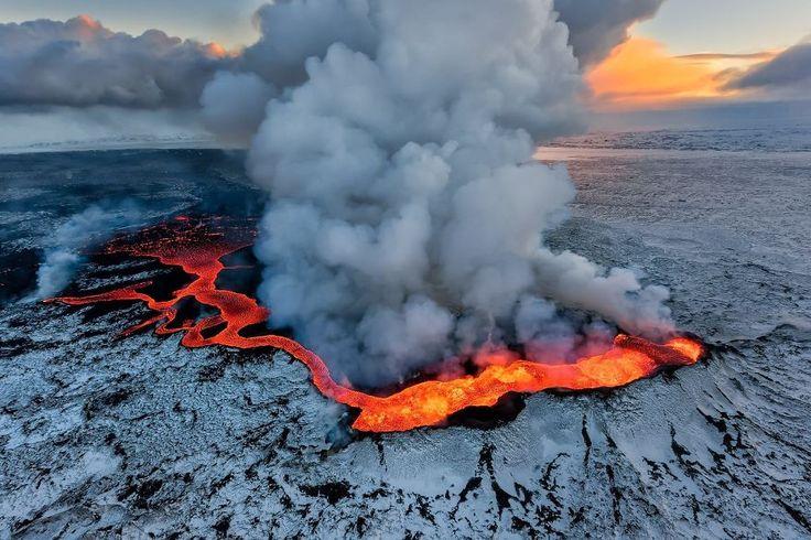 Holuhraun Eruption, Iceland by Iurie Belegurschi