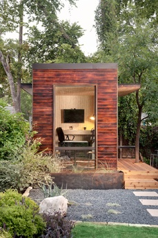 pre fab unit as a home office.  want. one. now.