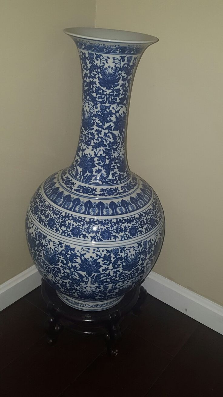 25 Best Ideas About Large Floor Vases On Pinterest Tall Floor Vases Large Glass Vase And