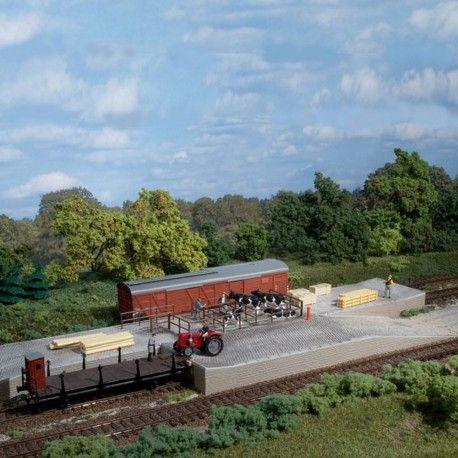Rampe de chargement pour bétail #HO #Auhagen A retrouver ici : http://www.latelierdutrain.com/construction-ferroviaires-et-gares/100702-rampe-de-chargement-pour-betail-ho-187-auhagen-11348.html