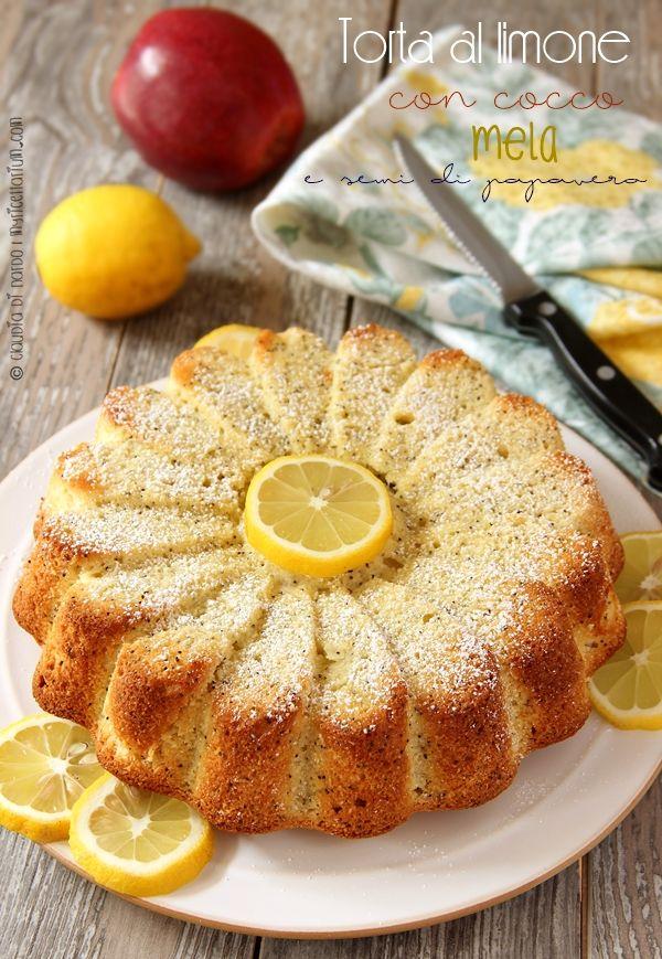 Torta al limone con cocco, mela e semi di papavero