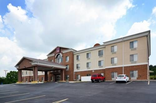 Comfort Suites Abingdon Abingdon (Virginia) Comfort Suites, an Abingdon hotel near the Barter Theatre  The Comfort Suites hotel is located just a few miles from many local attractions and businesses, including the Barter Theatre, Bristol Motor Speedway, Bristol Dragway, Emory & Henry College...