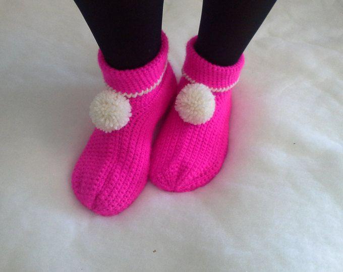 Pantofole di lana a mano a maglia wool shoes  wool Slippers  babbucce scarpe calze  crochet  uncinetto regalo per la donna regalo per mamma