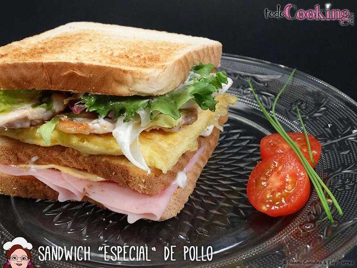 Una cena completa y muy facilita podría ser este apetitoso sandwich especial de pollo. Receta ideal también para compartir con amigos en un brunch!
