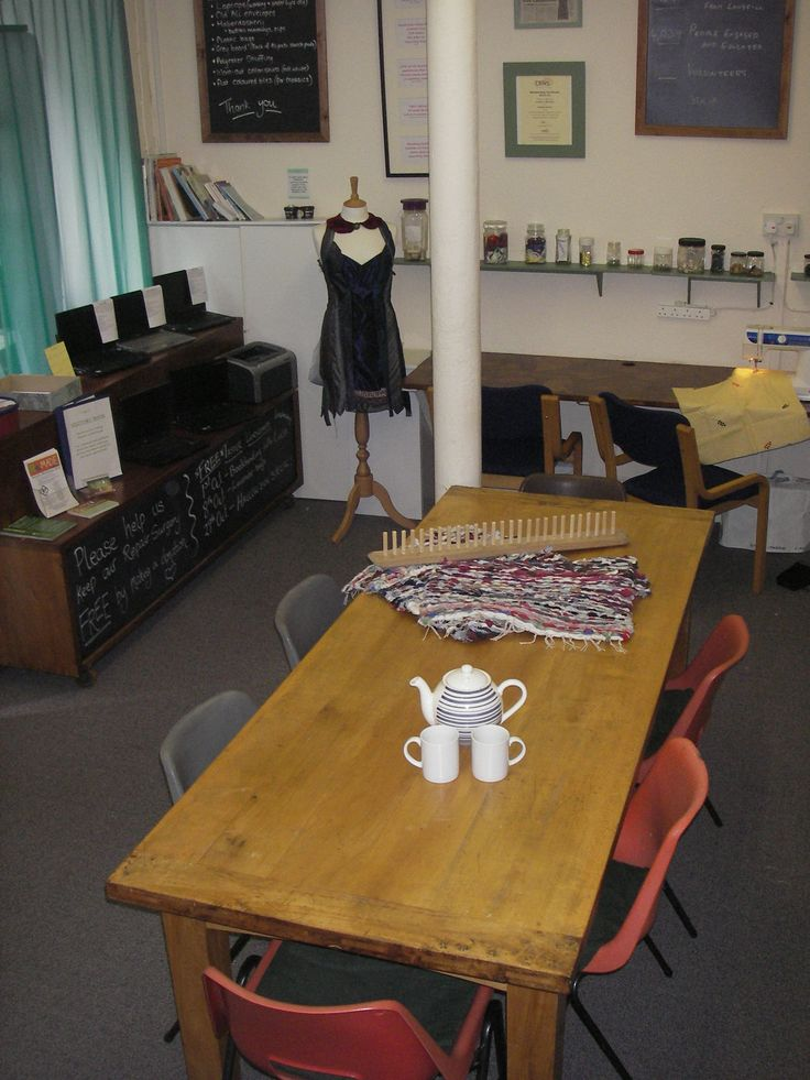 We've re-arranged our workshop space! 17 Guthrie Street has had a mini overhaul so it's even better for workshops and repair surgeries. On display here you can see our dressmakers doll Sabrina posing with our refurbished laptops (which all come with genuine Microsoft Windows 7 Professional) on sale now!