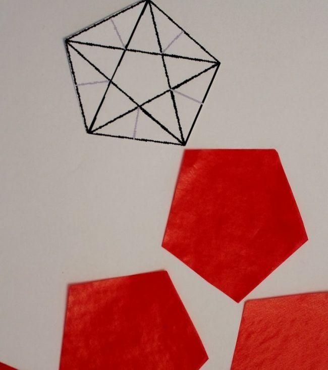 weihnachtsdeko-fenster-sterne-falten-anleitung-rotes-transparentpapier-vorlage-ausschneiden