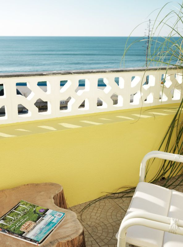 Yellow fin cabins are sitting directly above The North Beach , a beach located in the village. It is easily one of the best surf spots in town. Just ten steps to access North beach and a couple...