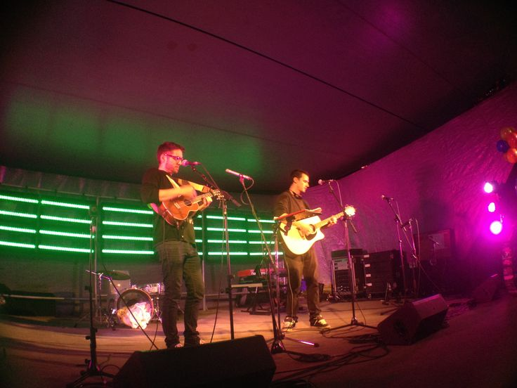 Craig & Dean perform at the NP Singer/Songwriters celebration during TSB Bank Festival of Lights, Hatchery Lawn