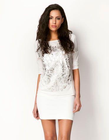 T-shirt Bershka tecidos combinados