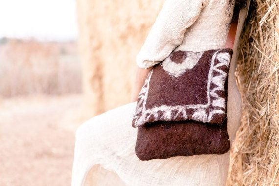 Brown Alpaca felted bag with white ornament tribal by Feltoola