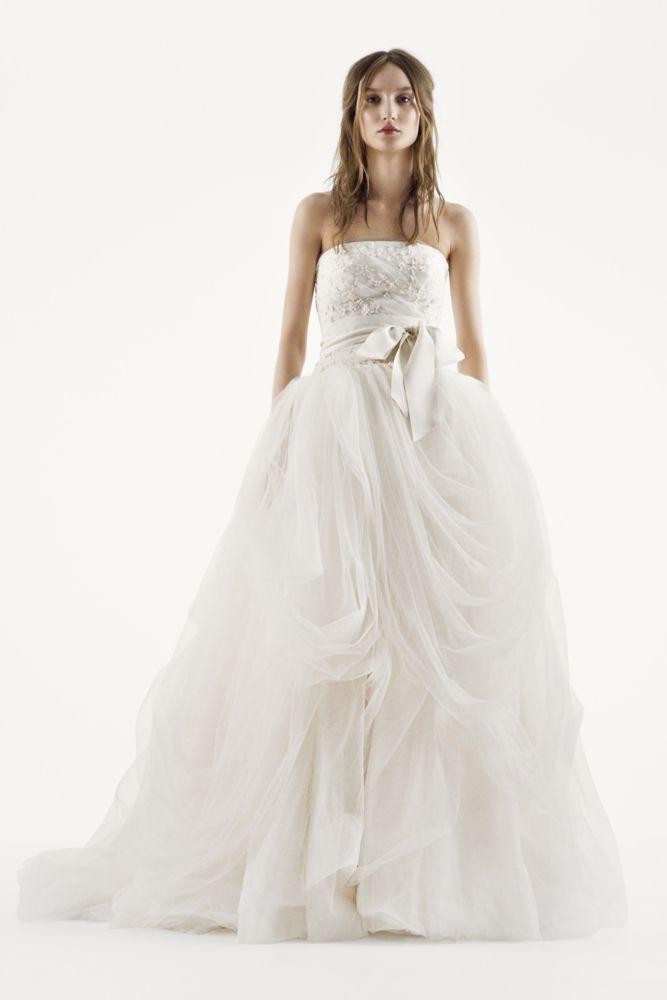 Spectacular Extra Length White by Vera Wang Tumbled Tulle Wedding Dress Ivory
