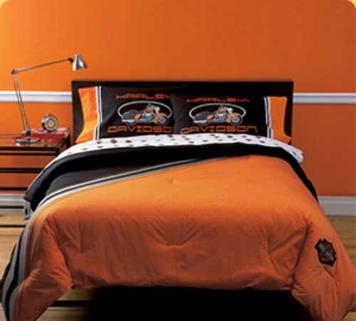 find this pin and more on harley davidson bedroom ideas by crystlbluperss