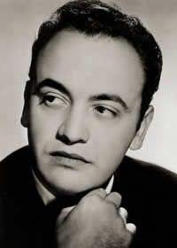 Raymond Pellegrin (né le 1er janvier 1925 à Nice, Alpes-Maritimes et mort le 14 octobre 2007 à Garons, Gard), est un acteur français. Il a tourné dans plus de 120 films, principalement en France mais aussi aux États-Unis et en Italie. Ses maîtres étaient...
