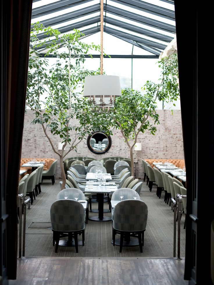 Elegant restaurant in LA's posh Brentwood....  Tavern Restaurant, Los Angeles