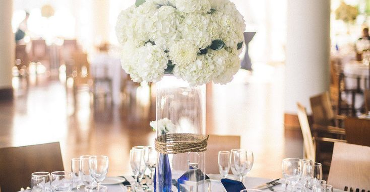 Washington D.C. Wedding Rebekah J. Murray Photography Events in the City Holly Heider Chapple Flowers Sequoia Nautical Navy White stripes Priscilla of Boston