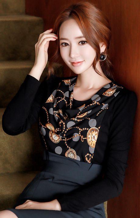 StyleOnme_Luxury Chain Print Drape Neckline T-shirt #black #chain #drape #tee #elegant #falltrend