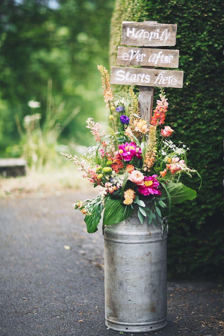 Milk Urn: Narrative Hire  //  Florals: Made in Flowers  //  Image:  Steven Barber
