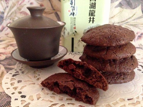 csokis keksz recept, finom kakaós csokis keksz, chocolate cookies, recept fázisfotókkal, Kocsis Hajnalka receptje