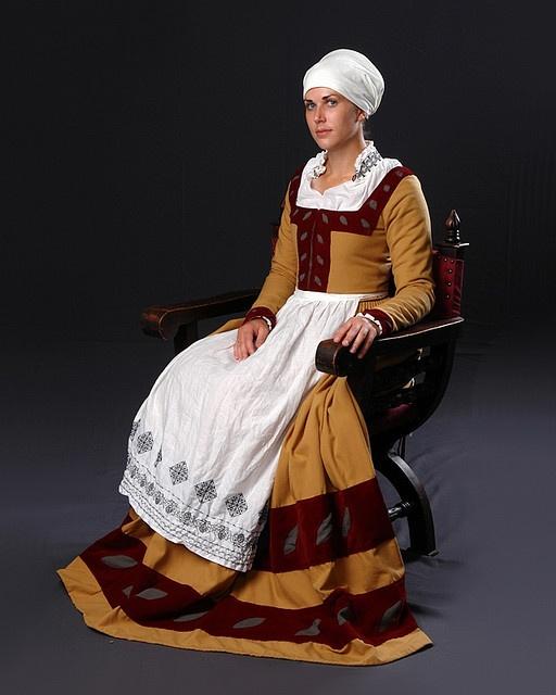 Sitting Portrait of a 16th century German woman