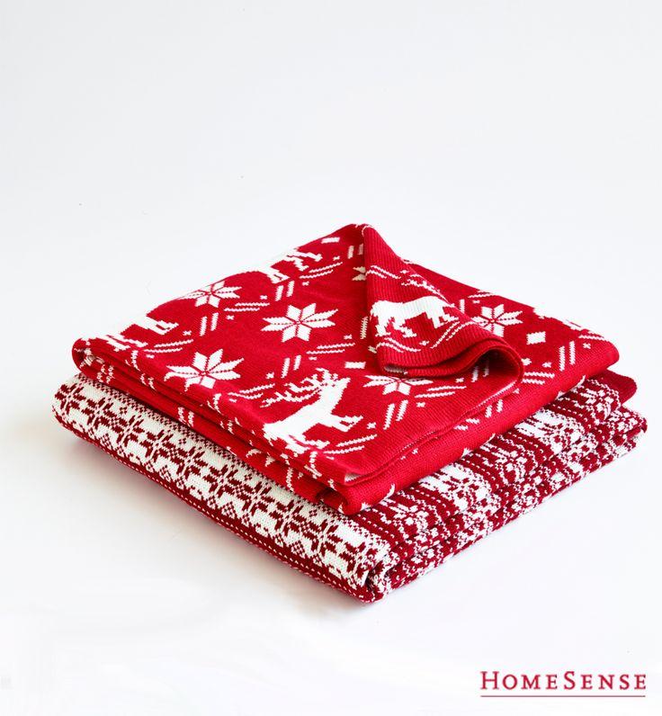 Throw Pillows Homesense : 1000+ images about Les meilleures trouvailles chez HomeSense on Pinterest Coins, Large salad ...