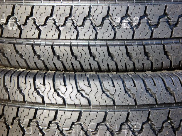 how to clean tires without tire cleaner