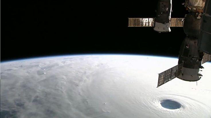 【画像】 宇宙ステーションから見た台風19号の「台風の目」がヤバイと話題に