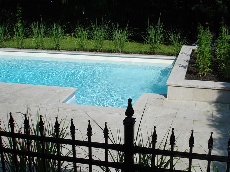 25 best images about terrassement on pinterest gardens for Amenagement piscine creusee