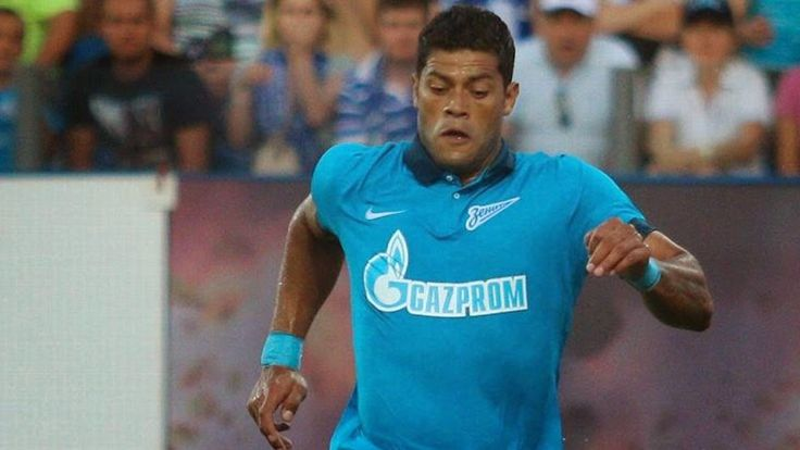 Zenit won today 3-0 Standard Liege and with a total score 4-0 groups qualified for the Champions League.  The goal of the Russians succeeded 30 'S. Rondón, 54' 58 Hulk.  Other goals.